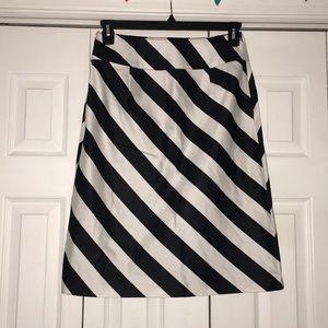 White/black stripe skirt